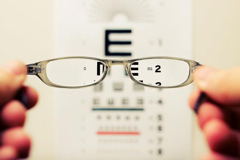 Moj Optik nudi preglede za odrasle i djecu
